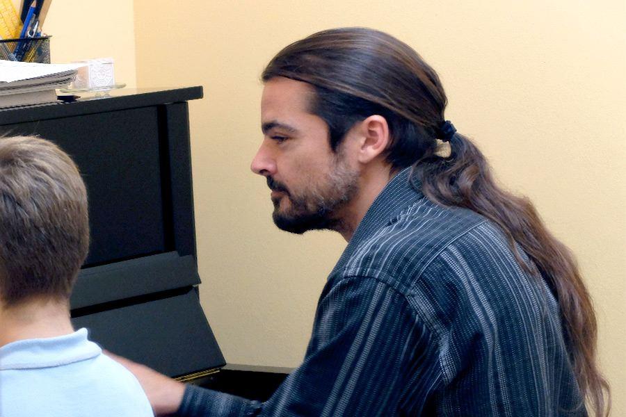 Profesorado LEstudi Escuela de musica de Tarragona David-Jiménez---piano-i-ll.-musical
