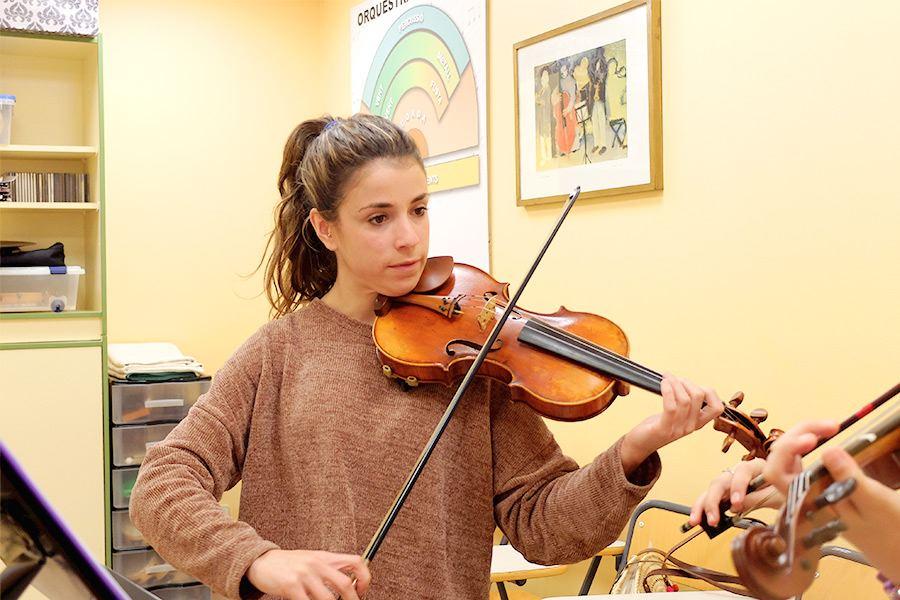 Profesorado LEstudi Escuela de musica de Tarragona Elena-Martínez---viola,-violí-i-ll.-musical