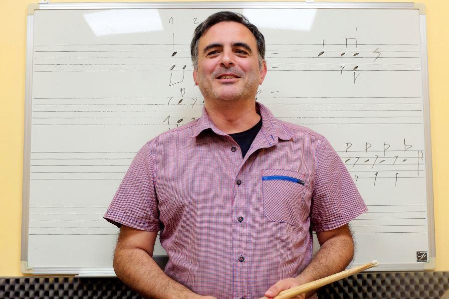 Profesorado LEstudi Escuela de musica de Tarragona Kike-Colmenar---bateria