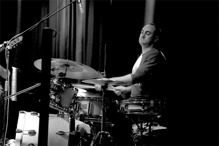 Claudio Favaro profesor de bateria escuela de musica en Tarragona